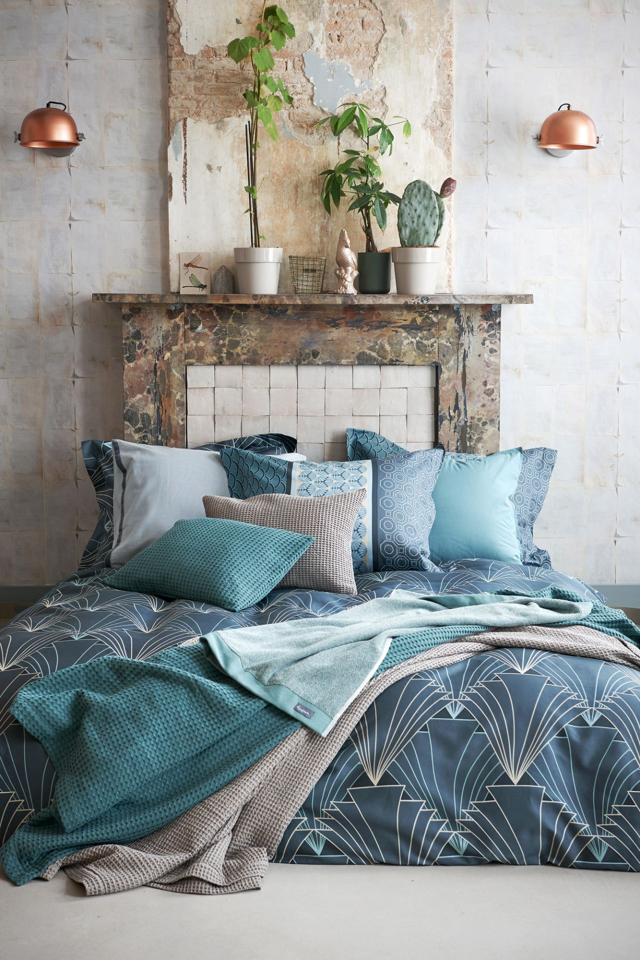 VanDyck bedtextiel Alpha, Style 166 Vintage green, Washed cotton 166 vintage green, Pure 16 184 faded denim, Home 71 048 Sand, Home pique waffel 166 vintage green bij Touwen Wonen & Slapen in [[plaatsnaam]